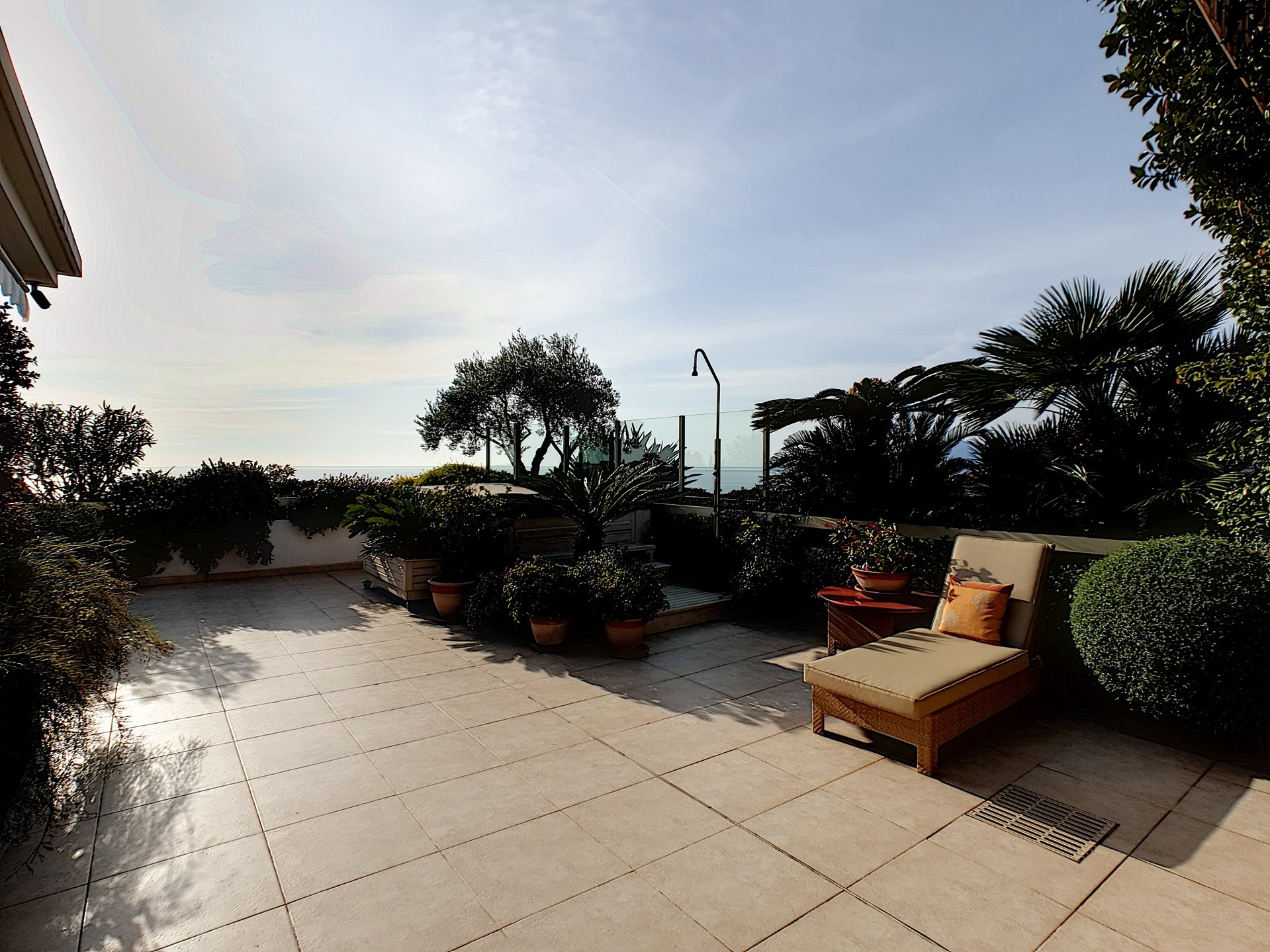 Exceptional panoramic sea view penthouse in Cannes for sale