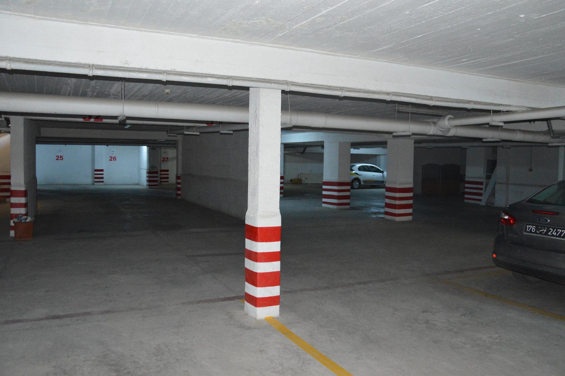 Des places parking disponibles au sous sol