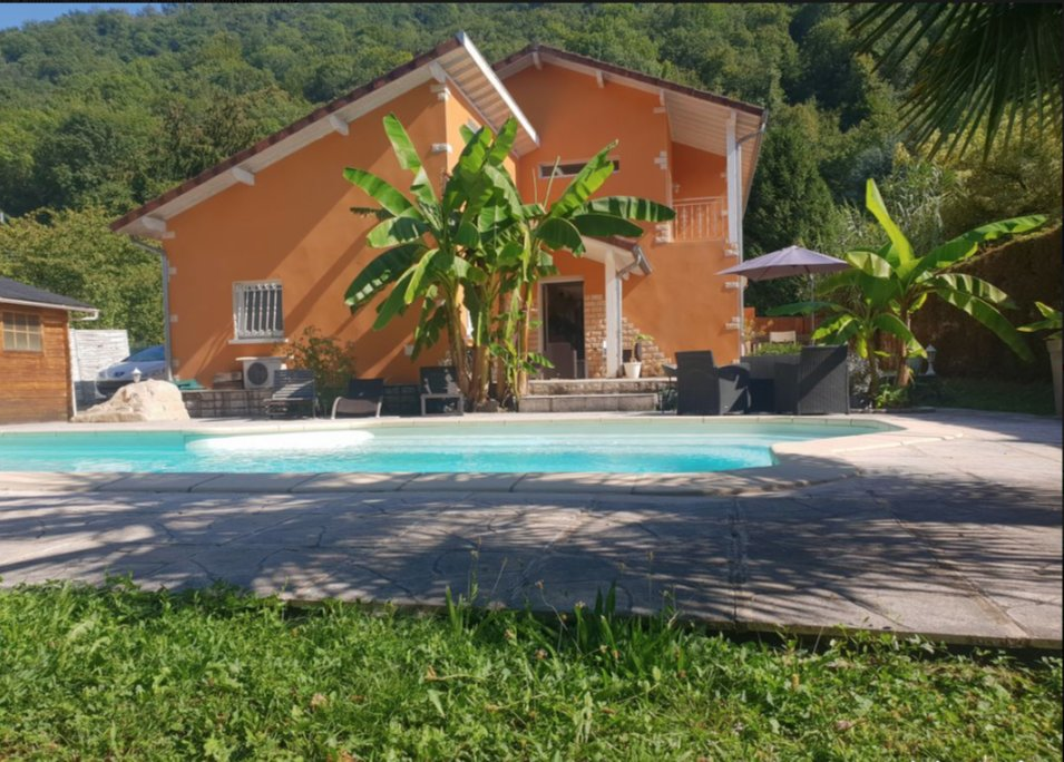 Sale Villa - Domene