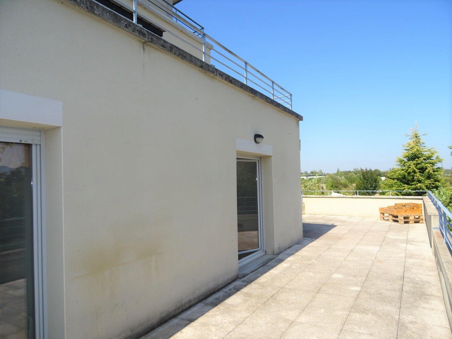 Montaudran/St-Orens, T4 de 78 m² avec terrasse et parking.