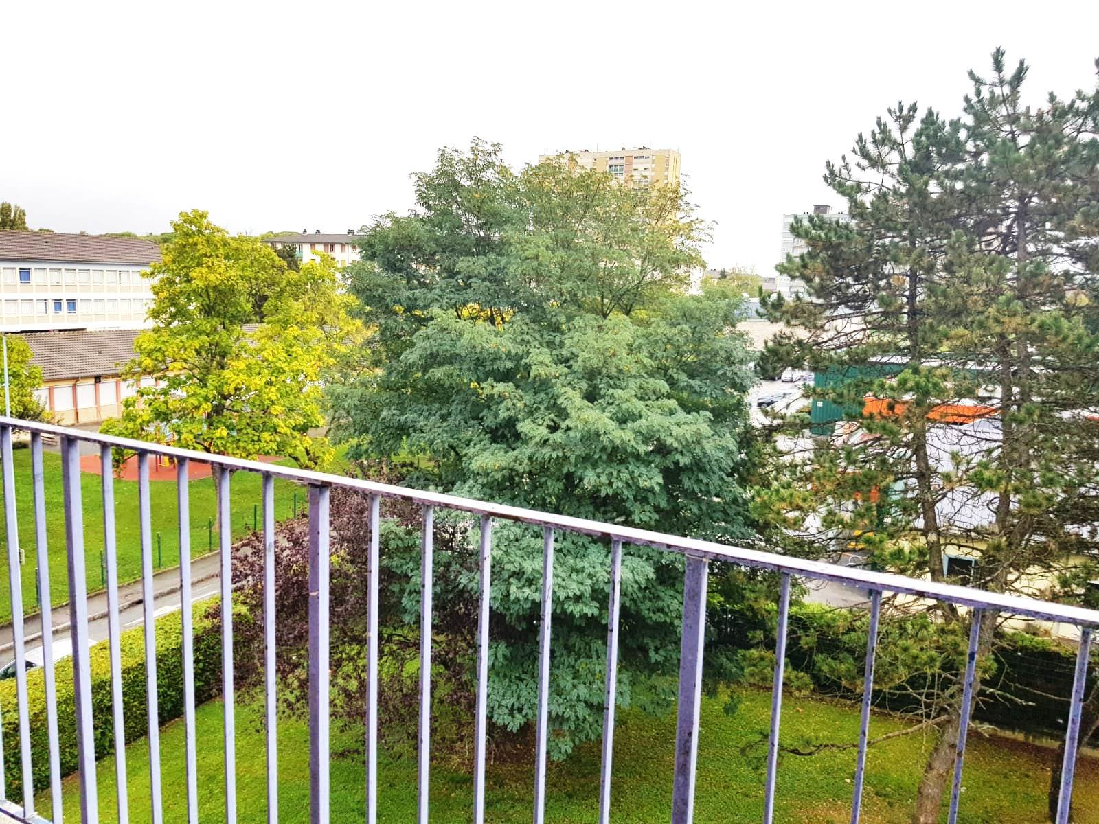 APPARTEMENT F4 + BALCON + CAVE