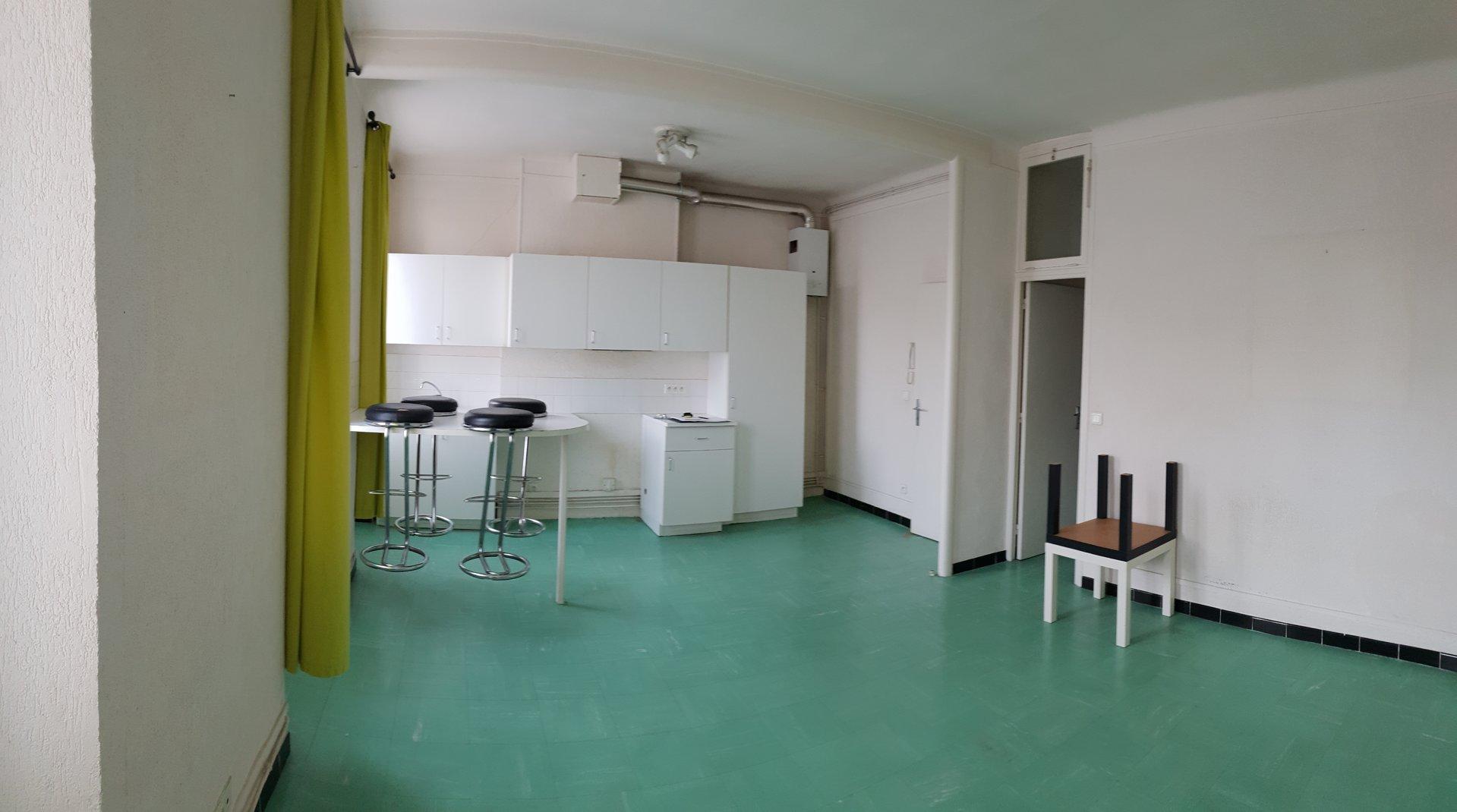 Studio - rue Ste Cécile
