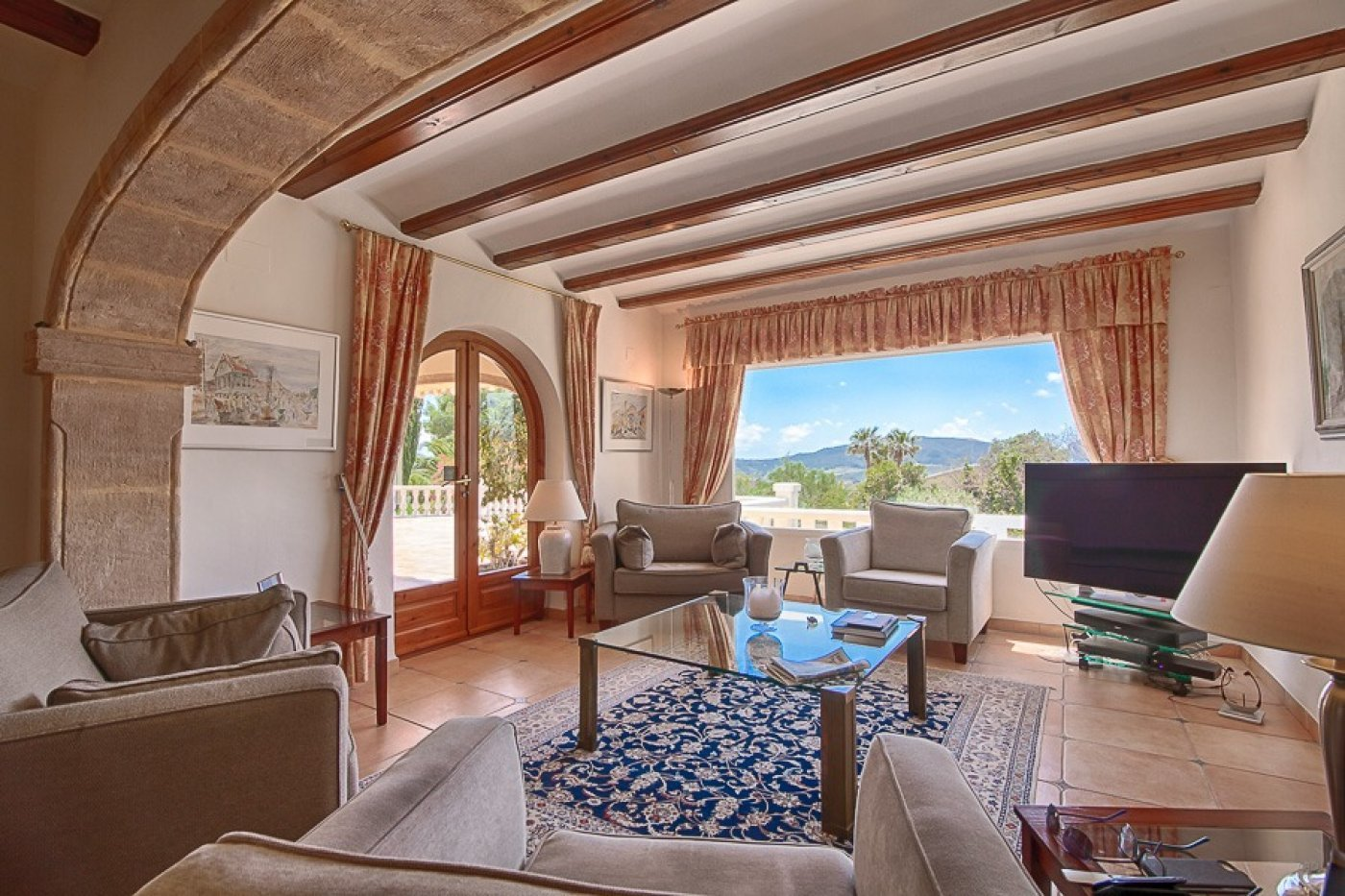 Fantastic villa with amazing view over the Montgo