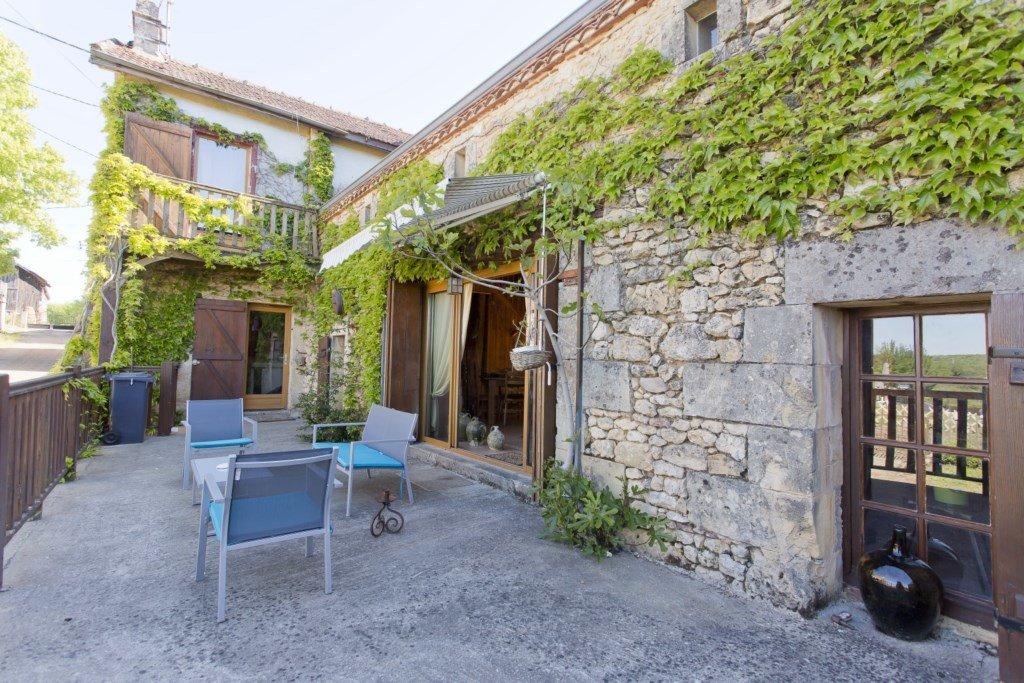 Belle maison en pierre parfaitement rénovée !!!