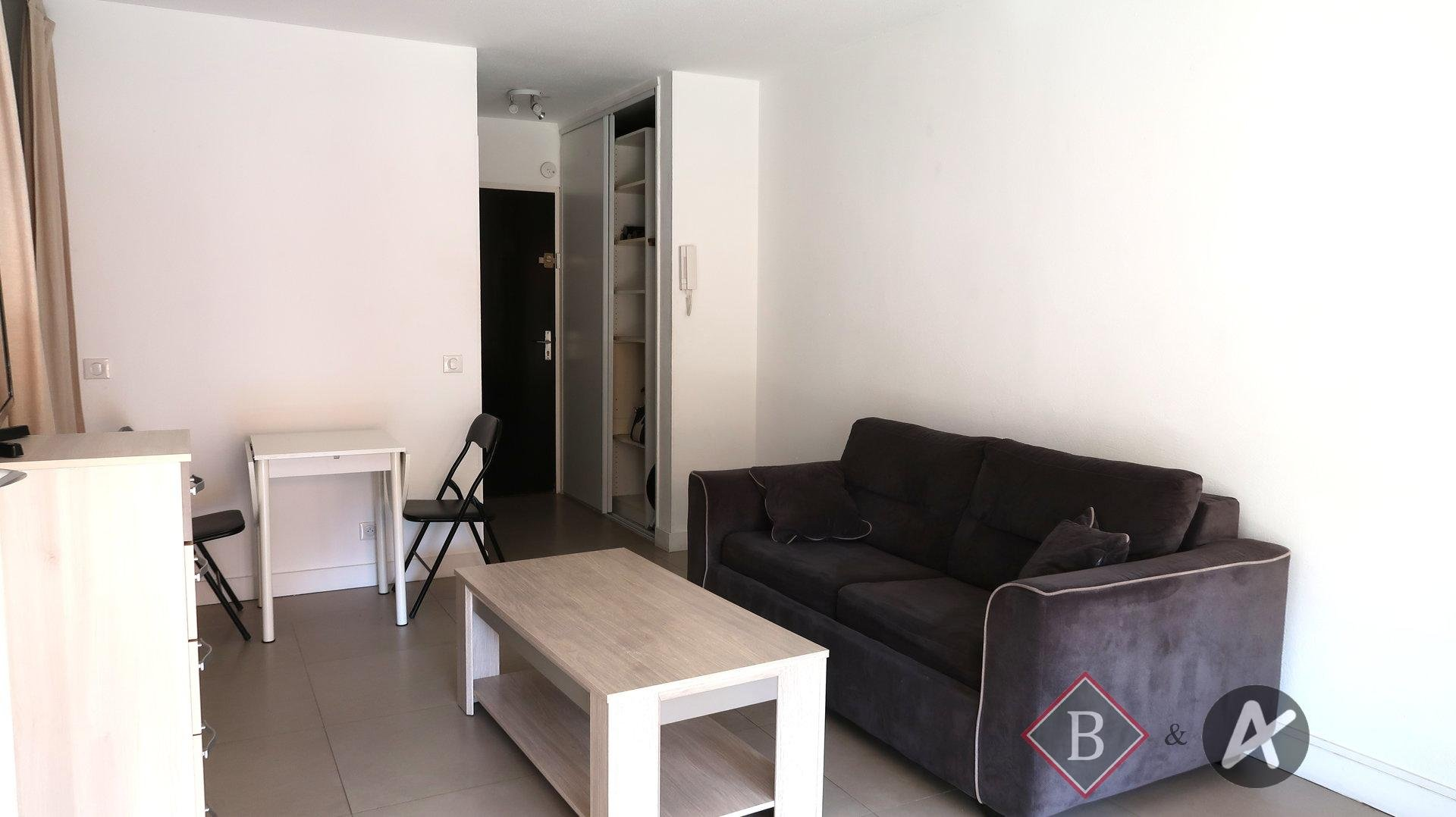 Rental Apartment - Mandelieu-la-Napoule