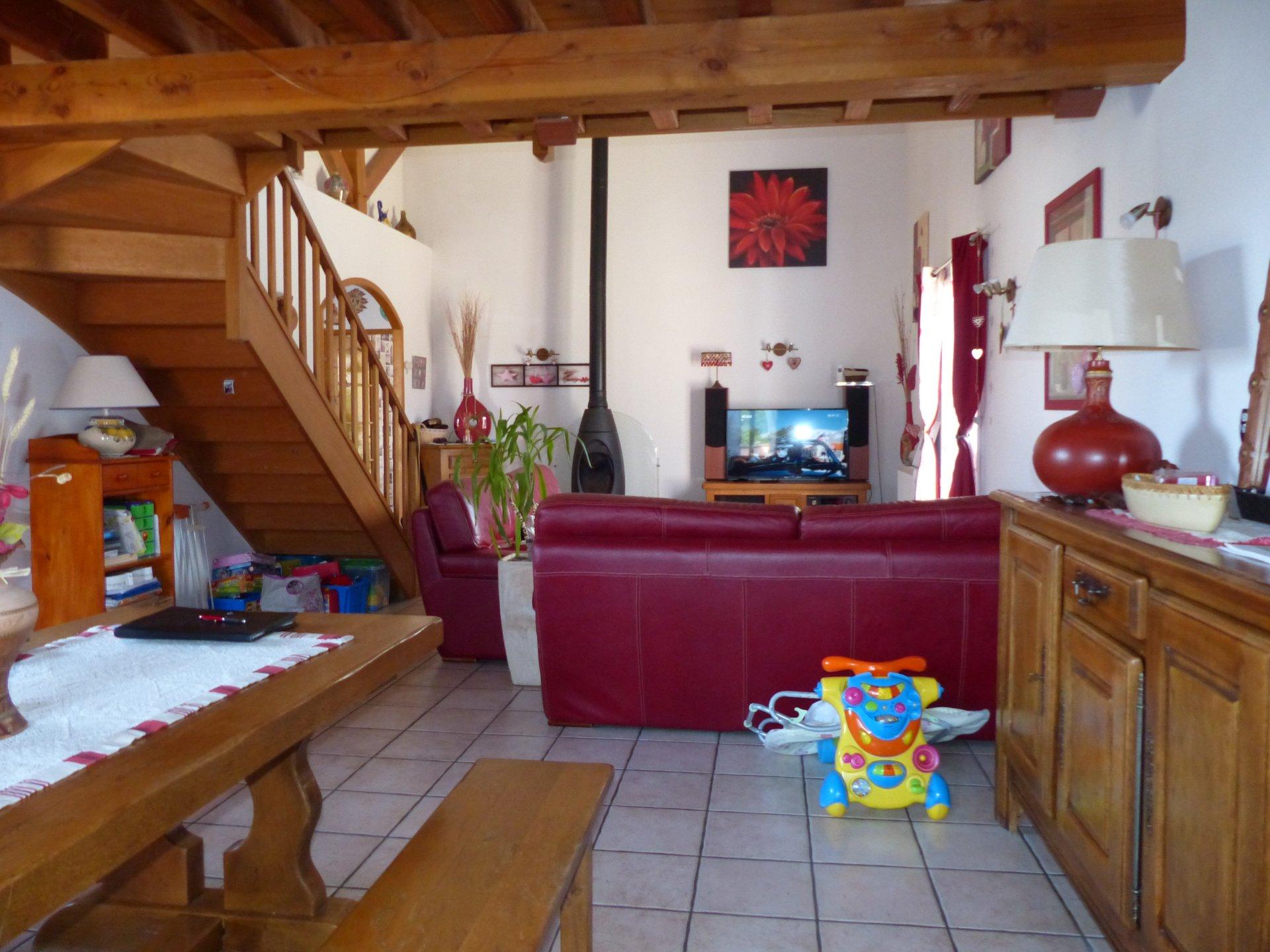 Etang sur Arroux, PAVILLON RECENT DE PLAIN PIED