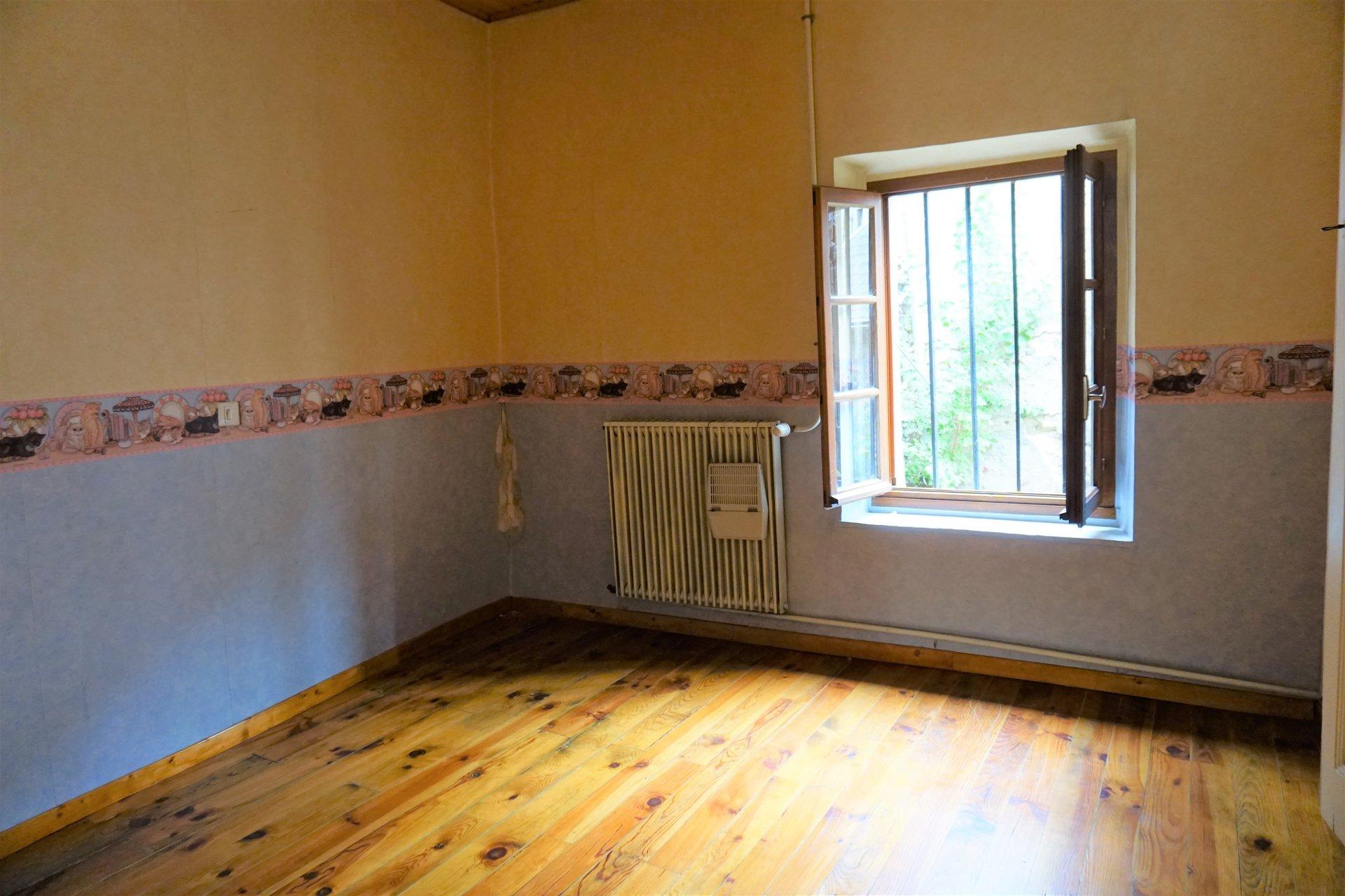 Chambre 4 avec parquet