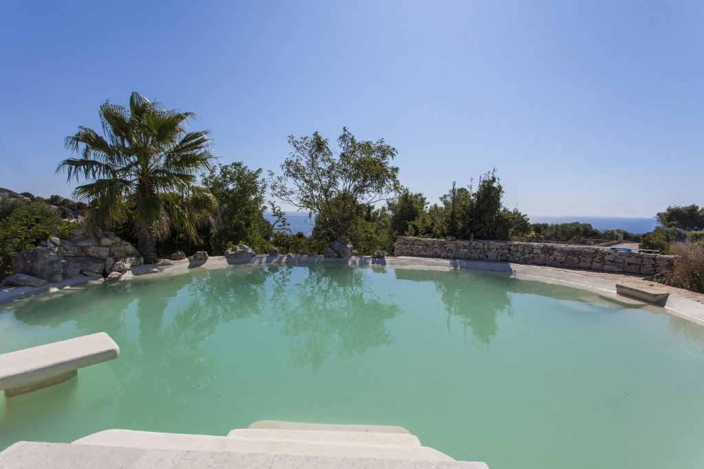 4 bedrooms seaview villa with swimming pool