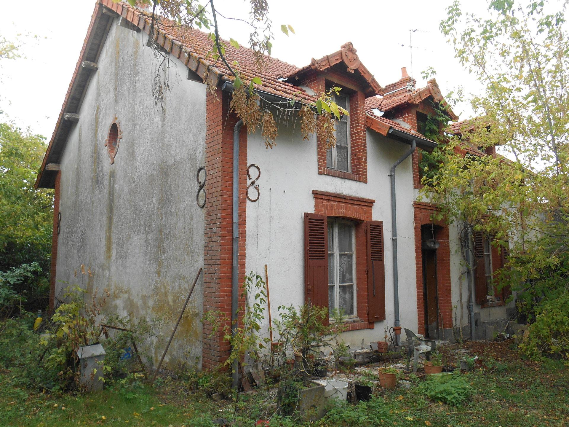 Sale House - Foecy