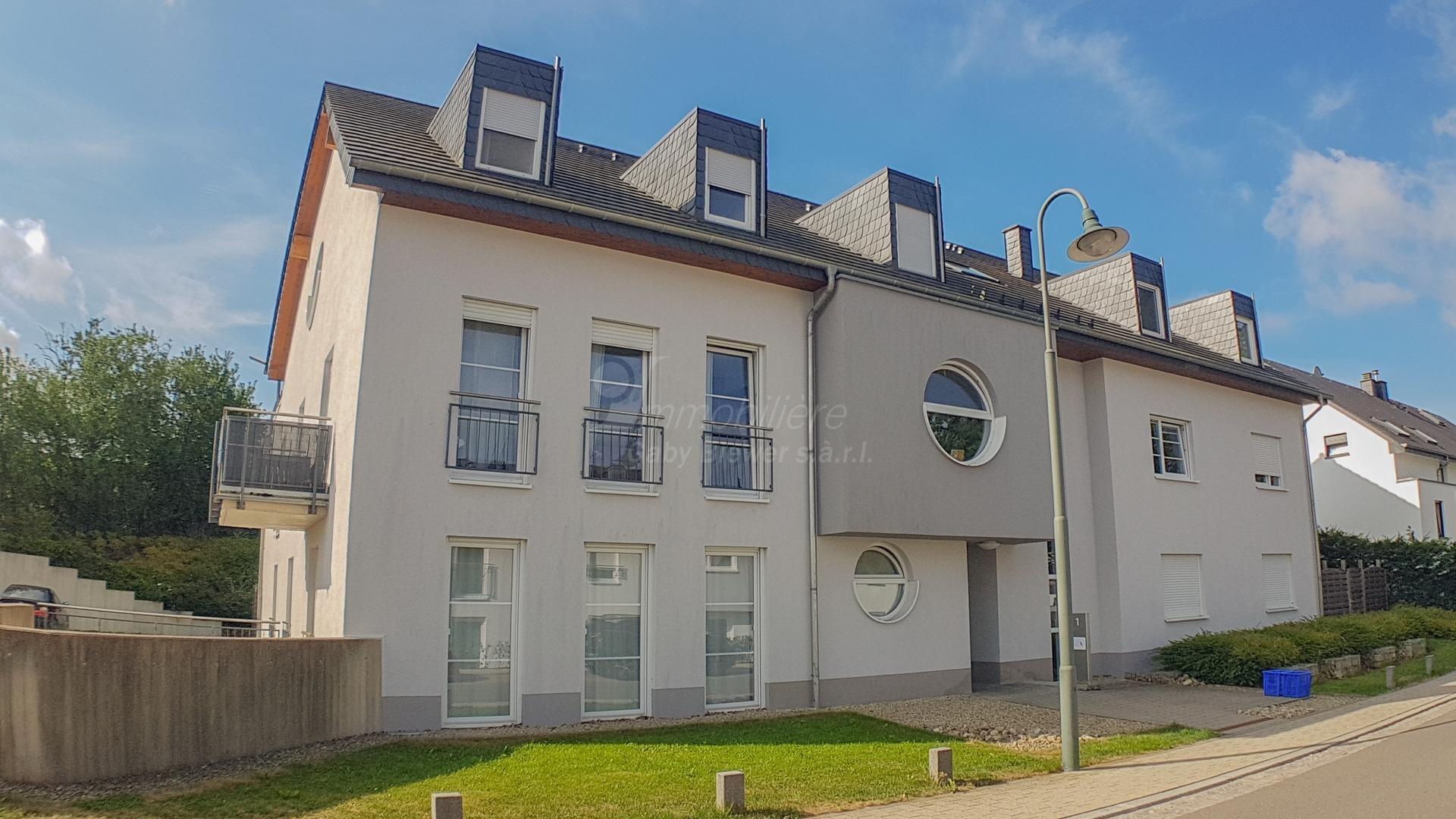A LOUER - local de commerce/institut de beauté meublé à Junglinster