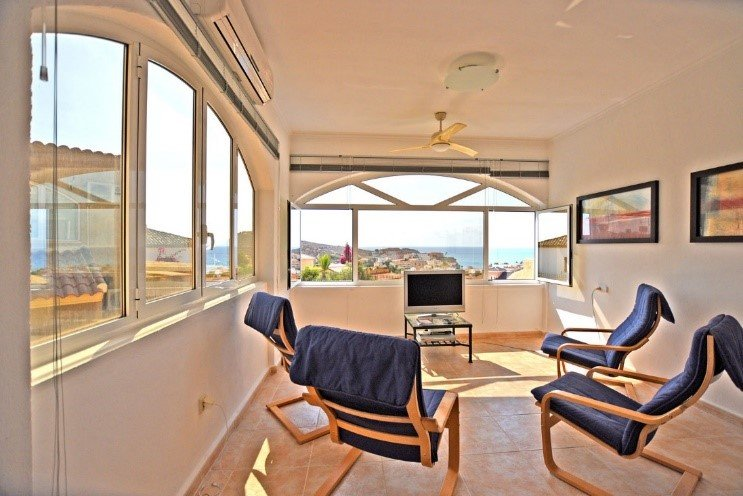 A wonderful duplex near the sea with astonisihing views