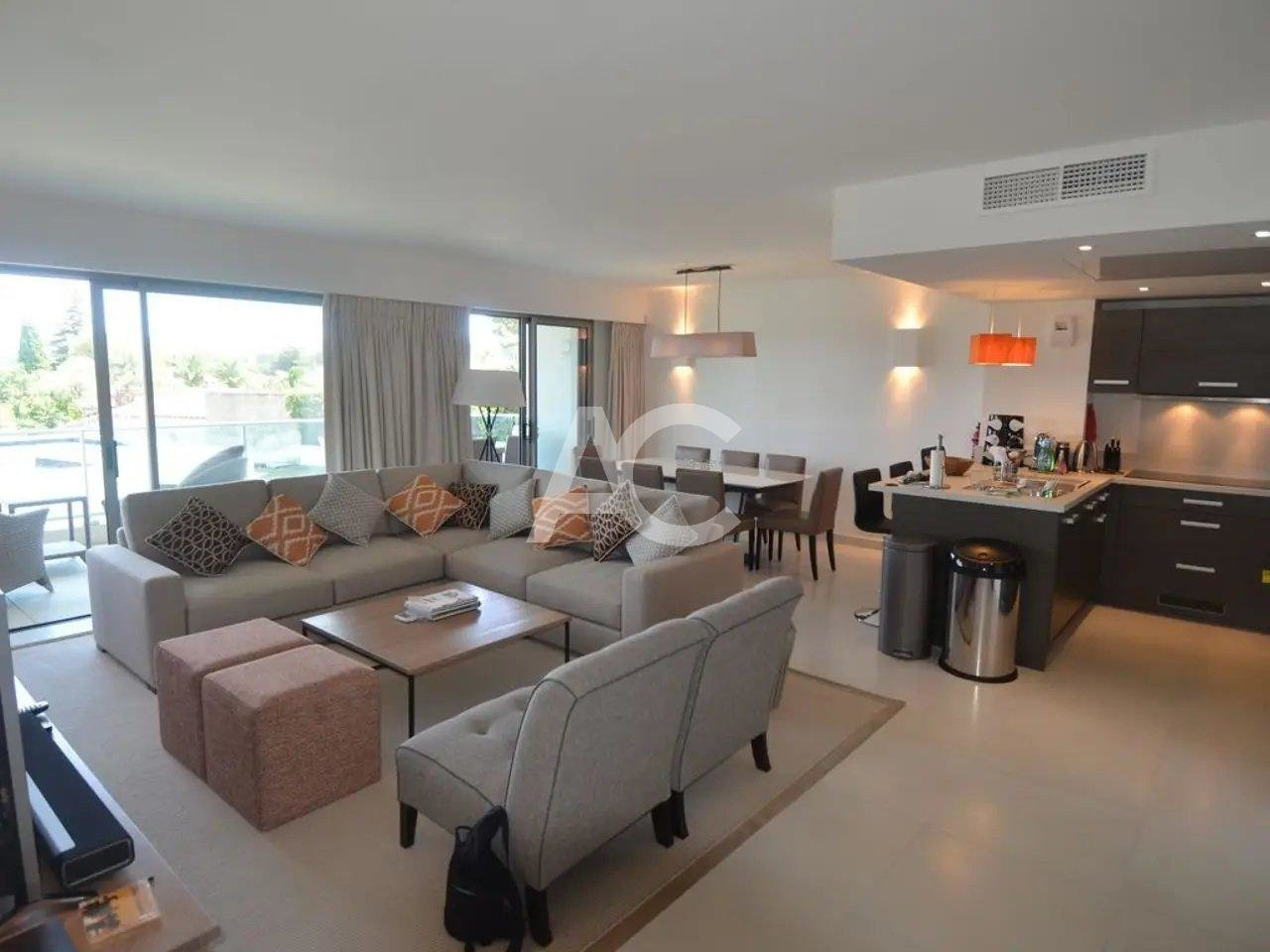 Apartment with beautiful sea view - Cap d'Antibes