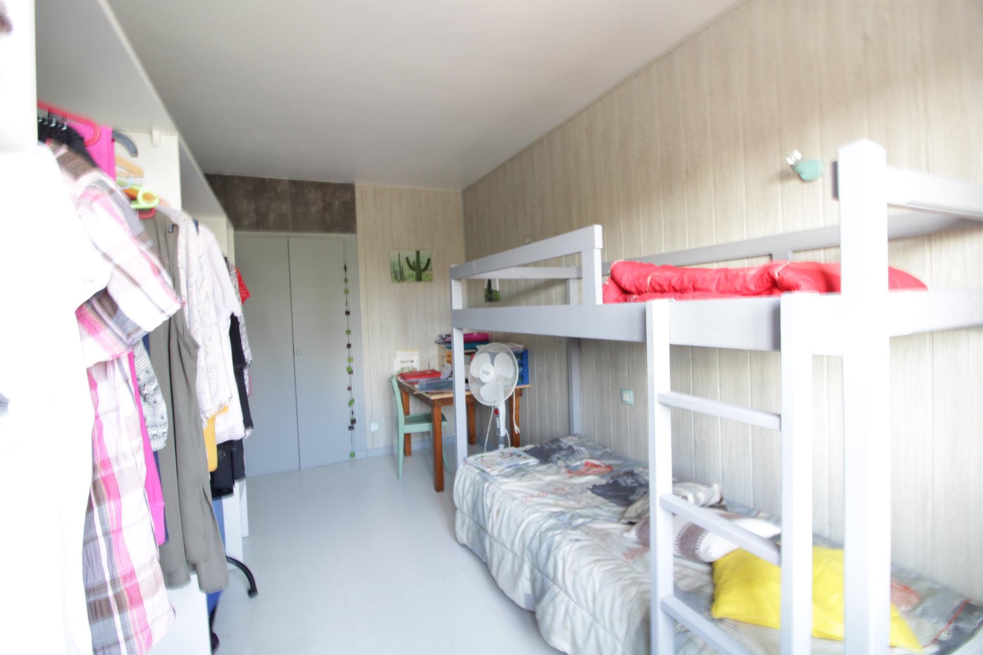 Briatexte - Maison T5 de 102m2 avec grand sous-sol aménageable à 35mn de Toulouse.