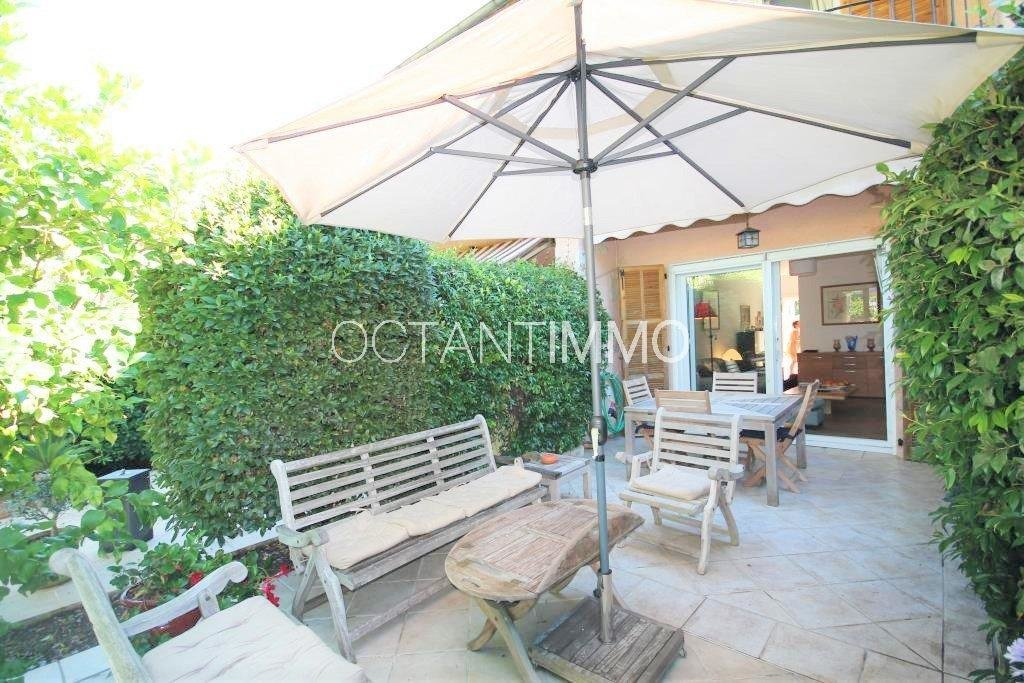 To rent: furnished house - Biot
