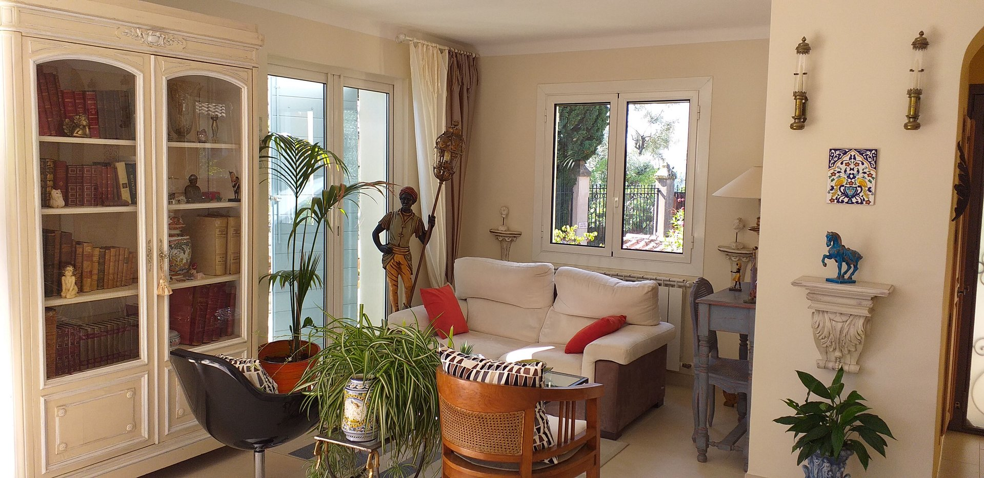 Charming villa  in Callian