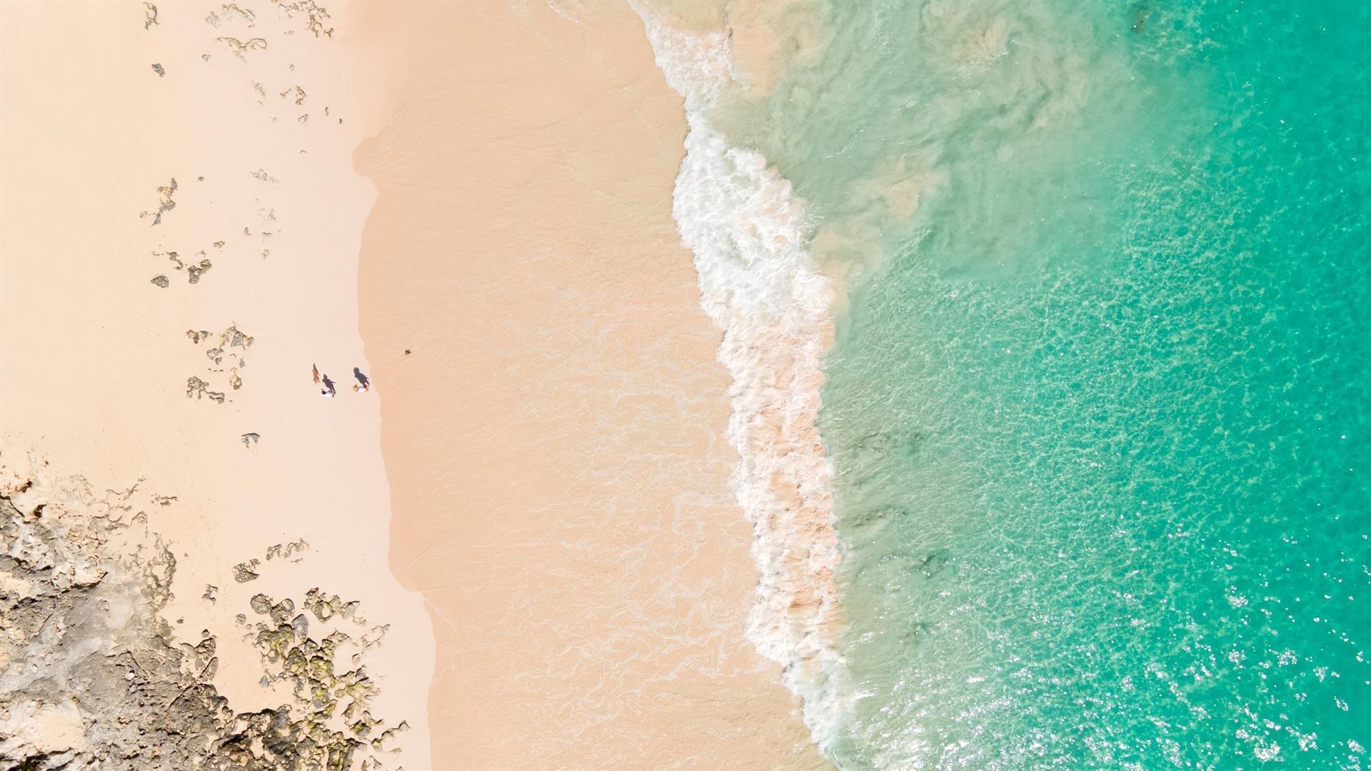 chelston on grape bay beach image41