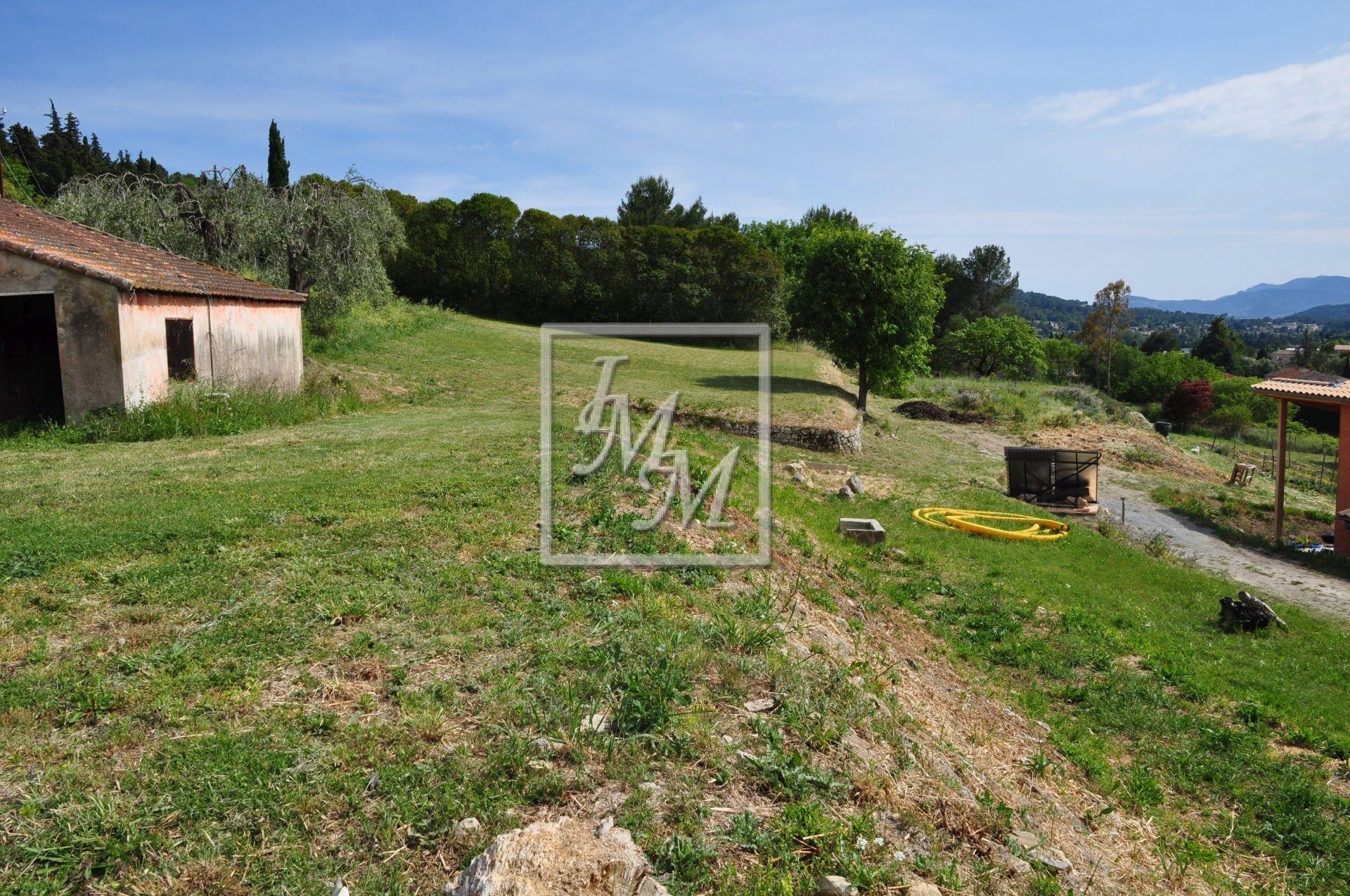 Vente Terrain à Mouans-Sartoux avec projet de Construction obtenu.