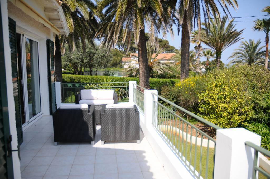 House at Cap d'Antibes 4 bedrooms beautiful sea view