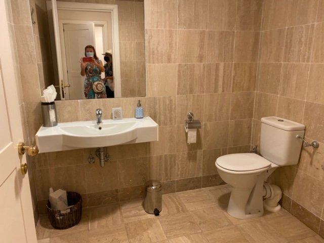 2 rooms apartment, calm, indoor swimming pool