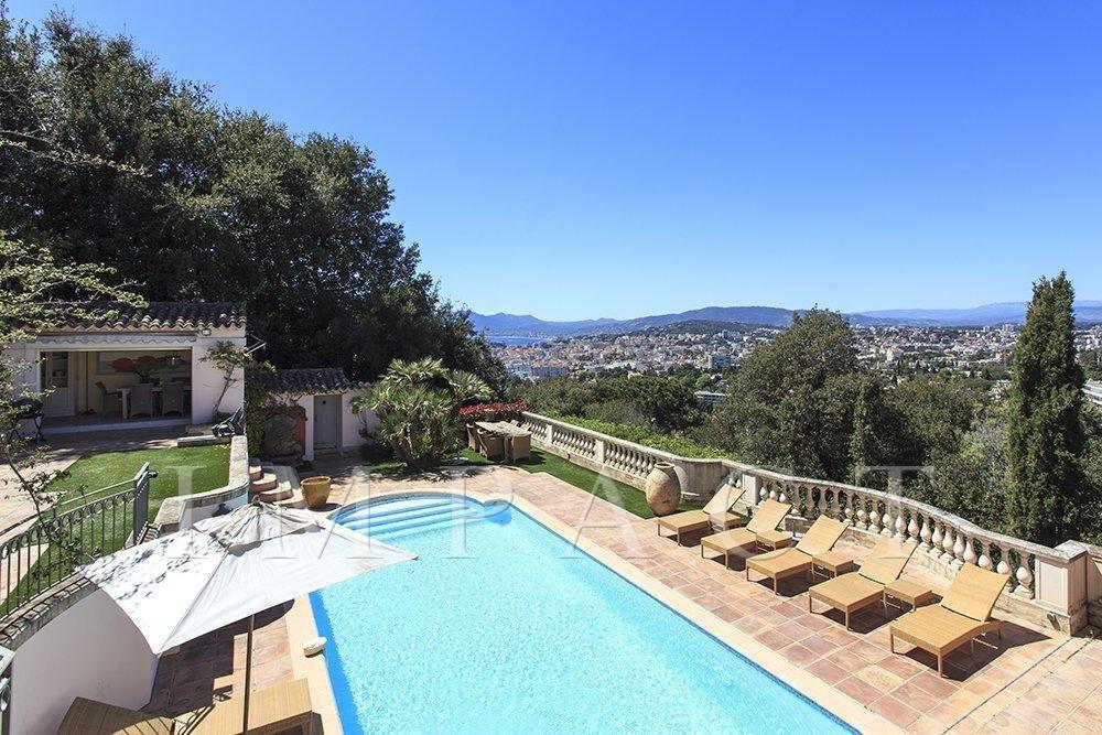Maison de charme à louer à Cannes