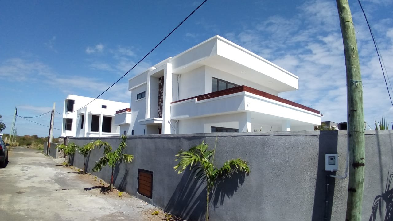 Modern new house near the beach