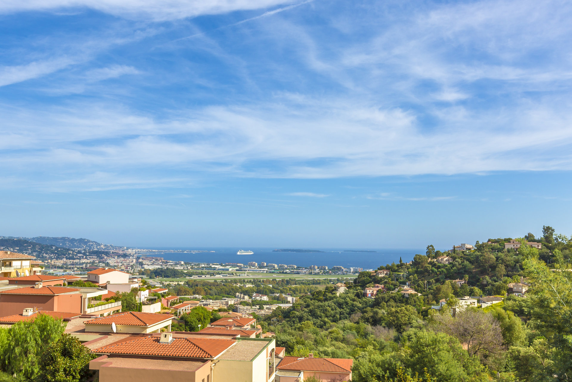 Mandelieu : 3bed apartment with panoramic sea view