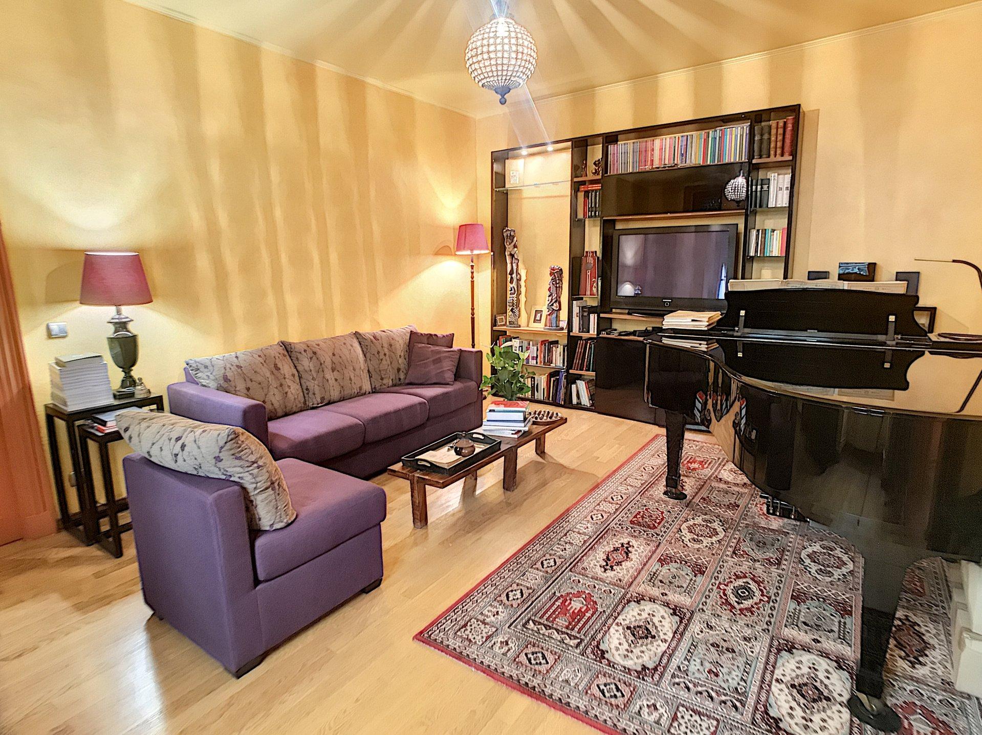 Vente Appartement 3P 91m² NICE Vieux-Nice Balcon Sublime Cave