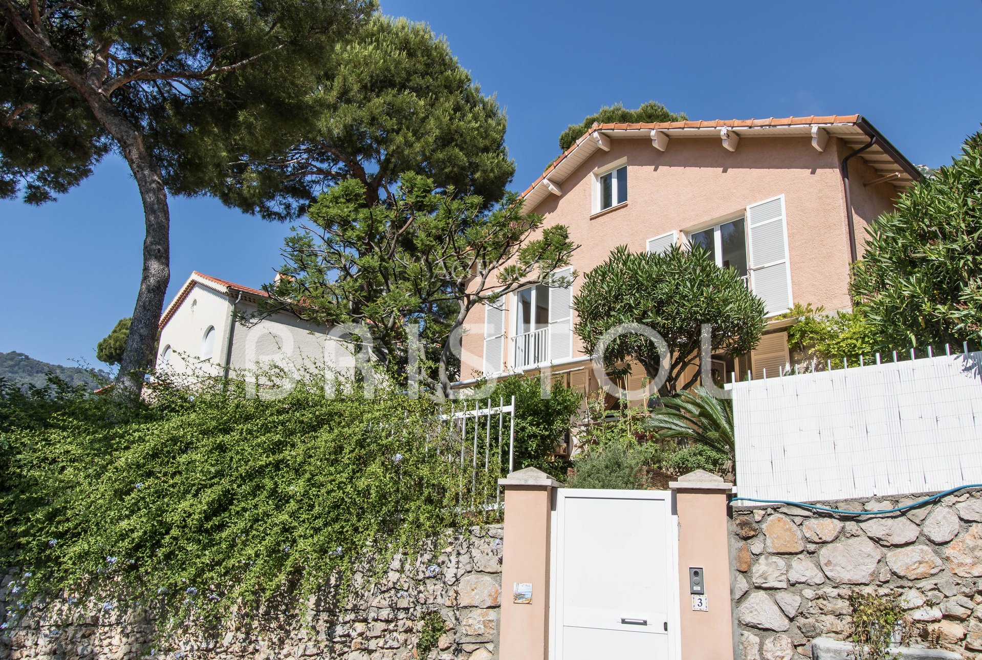 Charming house a few steps from the beach in Eze seaside