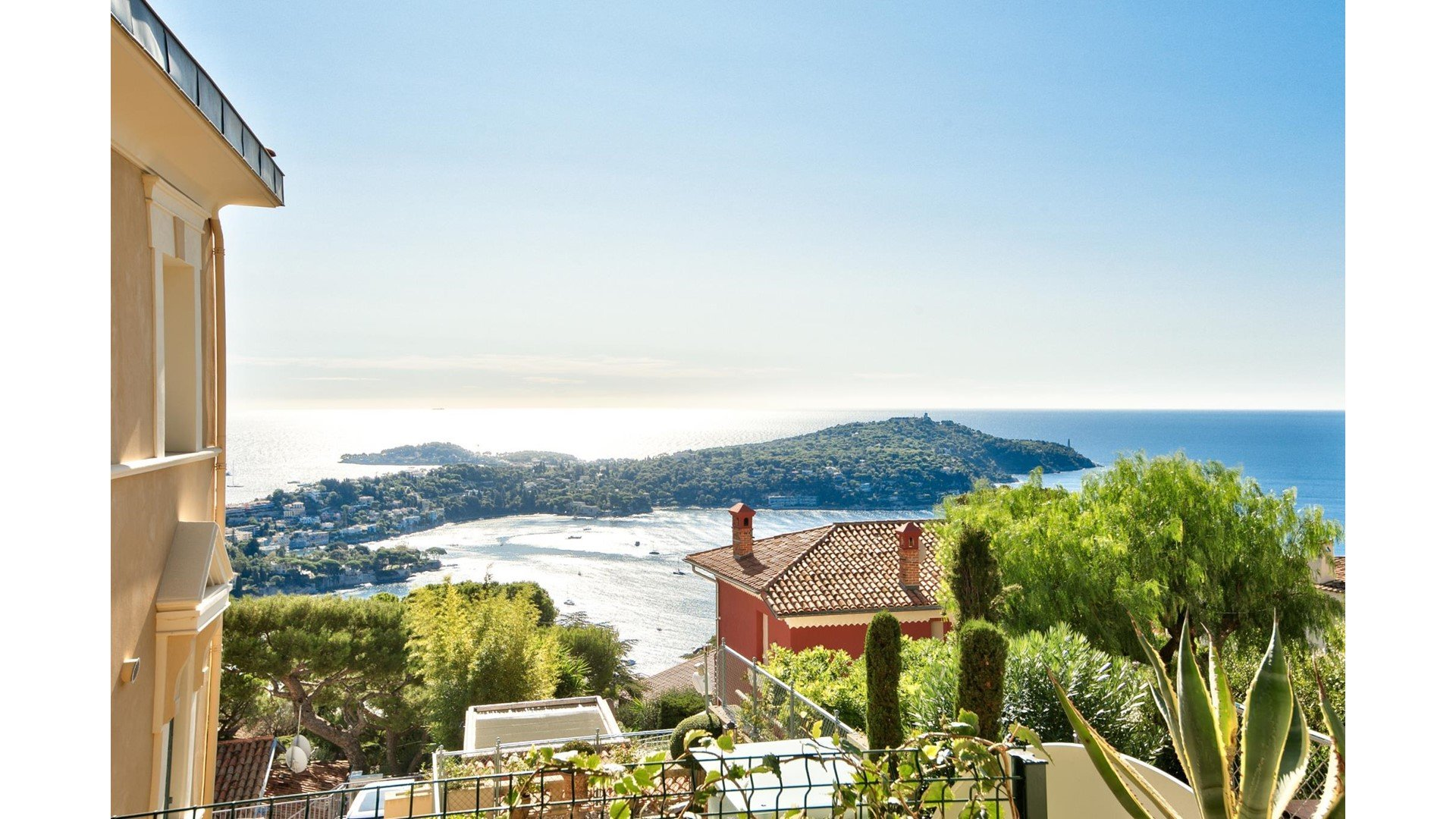 Apartment in Villefranche-sur-Mer with views over Cap Ferat