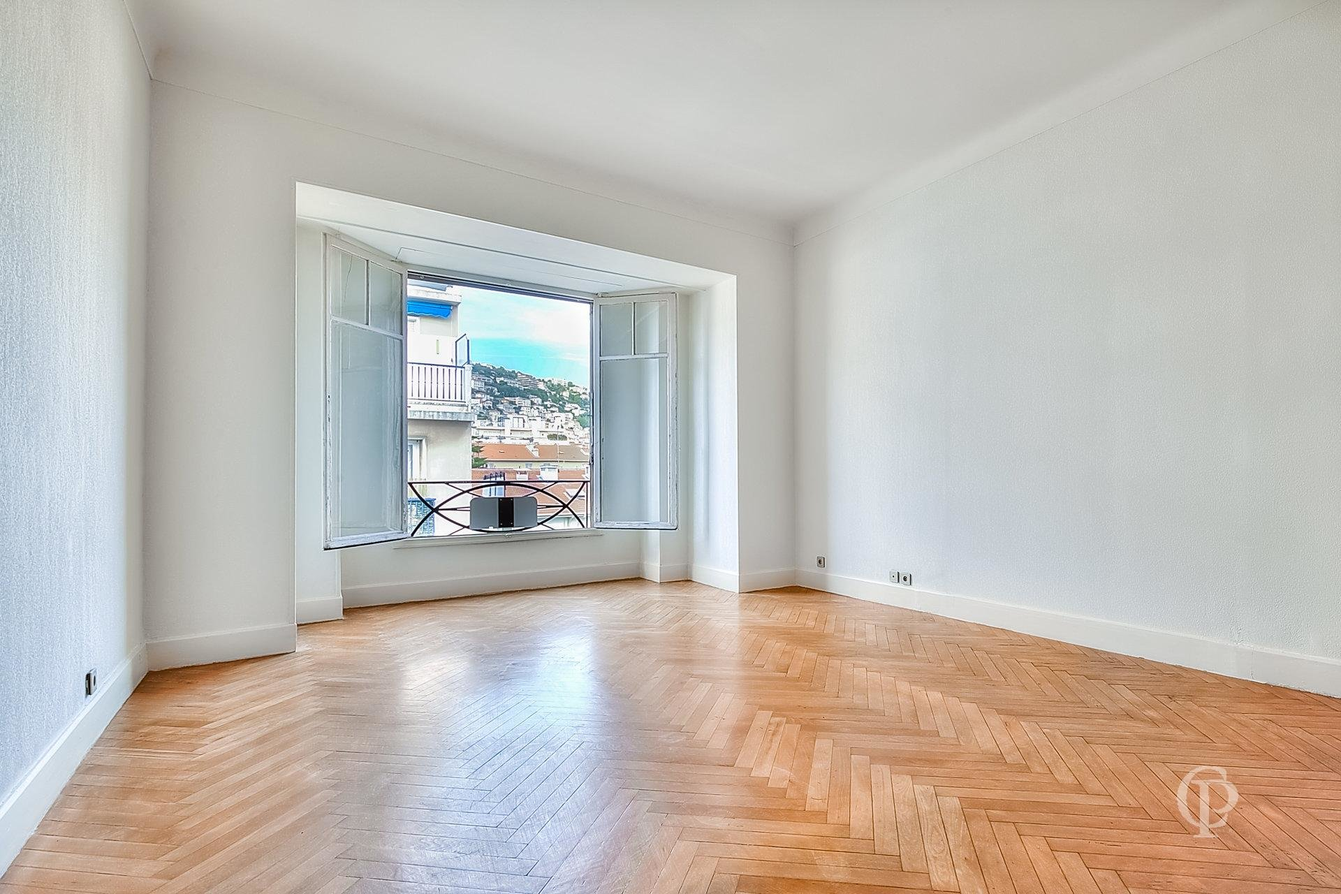 2 BEDROOMS  NICE LIBERATION HIGH FLOOR