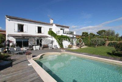 BIOT Villa 4 bedrooms 230sqm Sea view