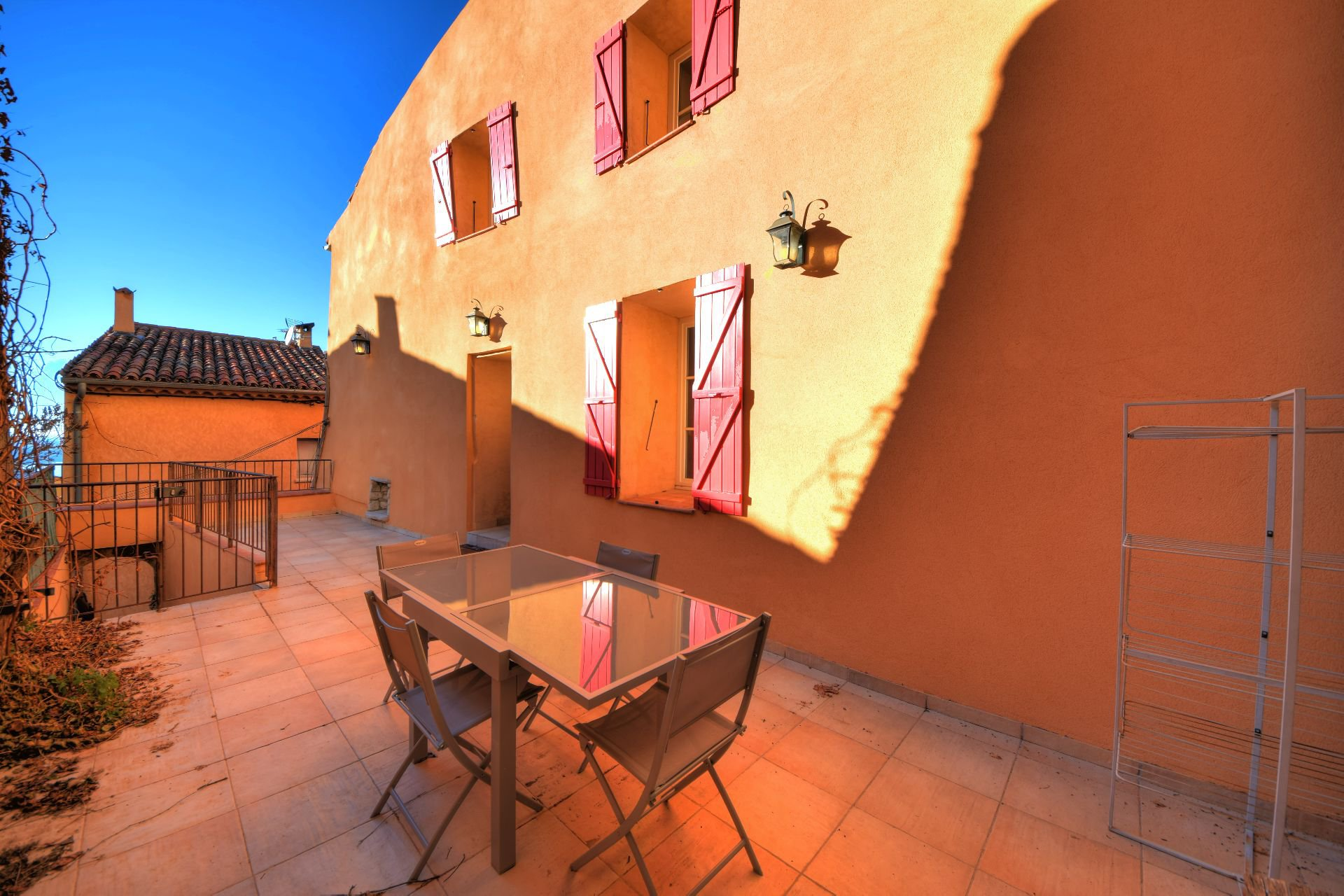 Appartment with terrace Aiguines Provence