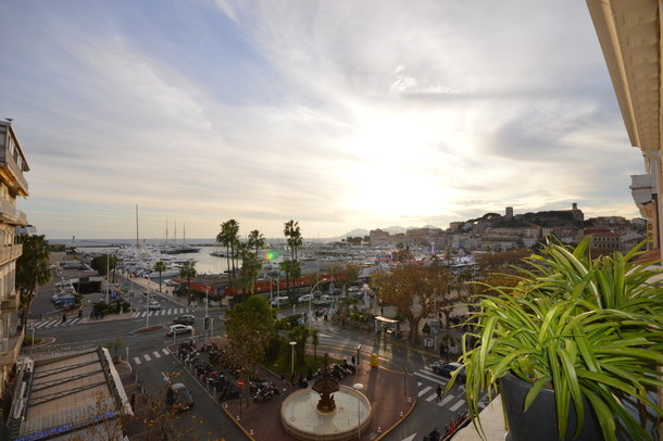 Apartment duplex 2 bedroom center Cannes sea view