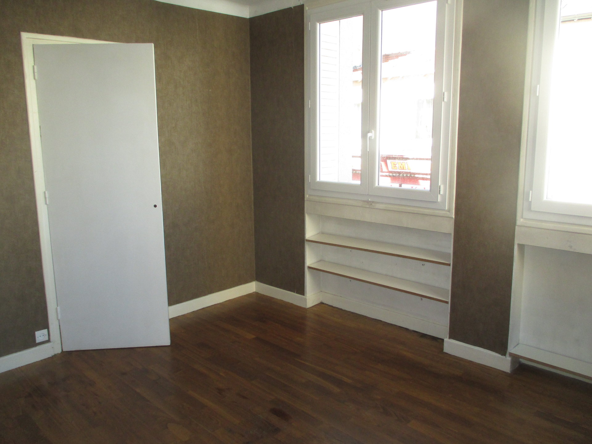 SAINT-CHAMOND, APPARTEMENT 3 CH, CENTRE VILLE