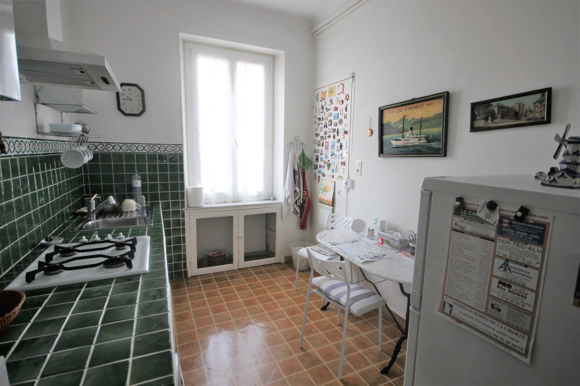 SALE 3 ROOMS BOURGEOIS