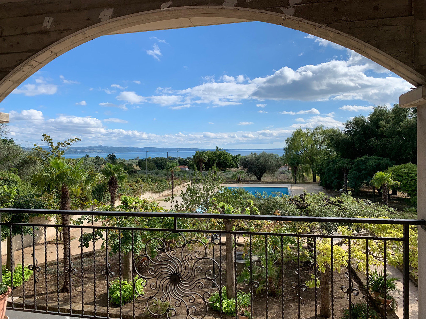 Villa with fabulous views over Lake Bolsena