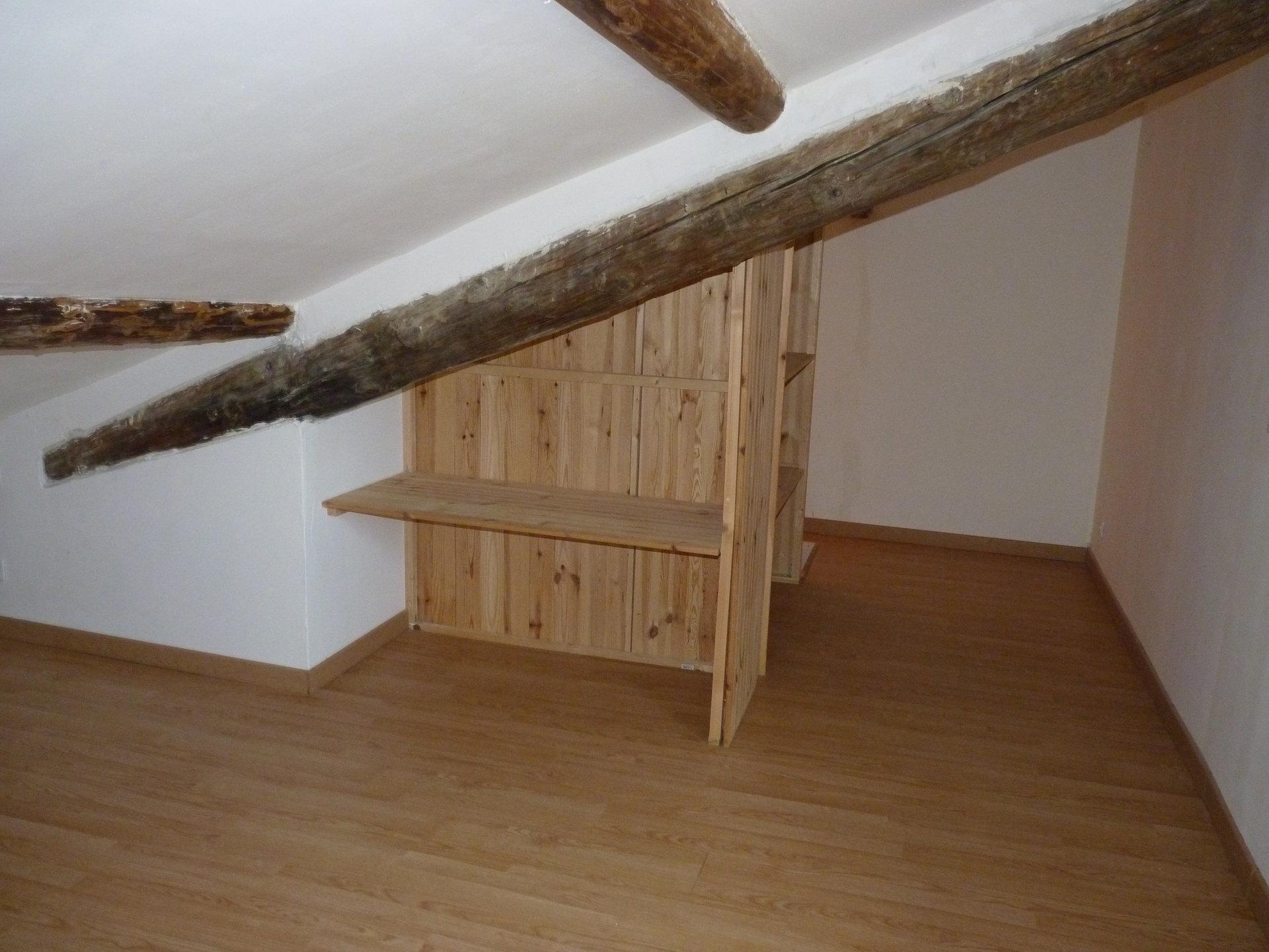 Mallemort - Maison de Village avec 2 chambres et 1 bureau