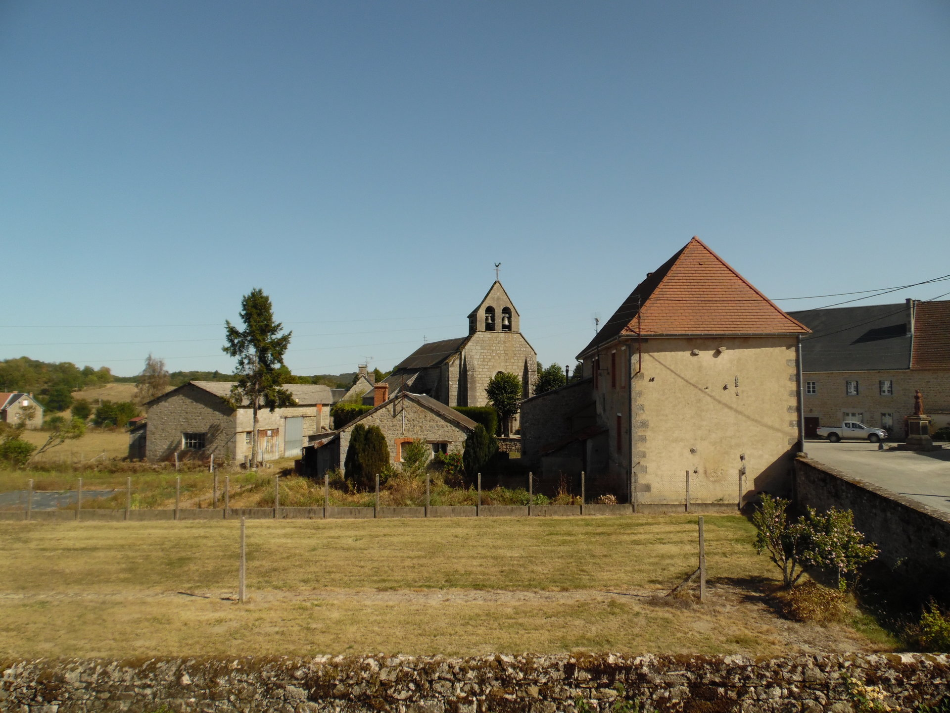 Spacious village farmhouse for sale in the Creuse