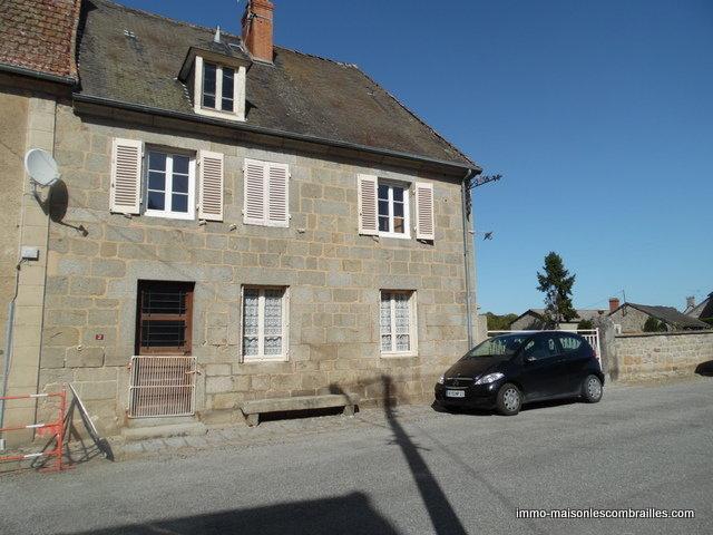 Ruime dorpsboerderij te koop in de Creuse.