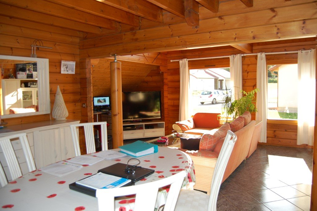 VOSGES - Near Ste Marguerite, recent chalet with garage on 1.055 m2