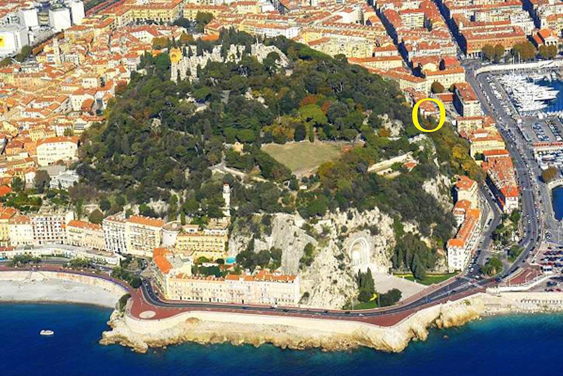 Nice Port 3p château