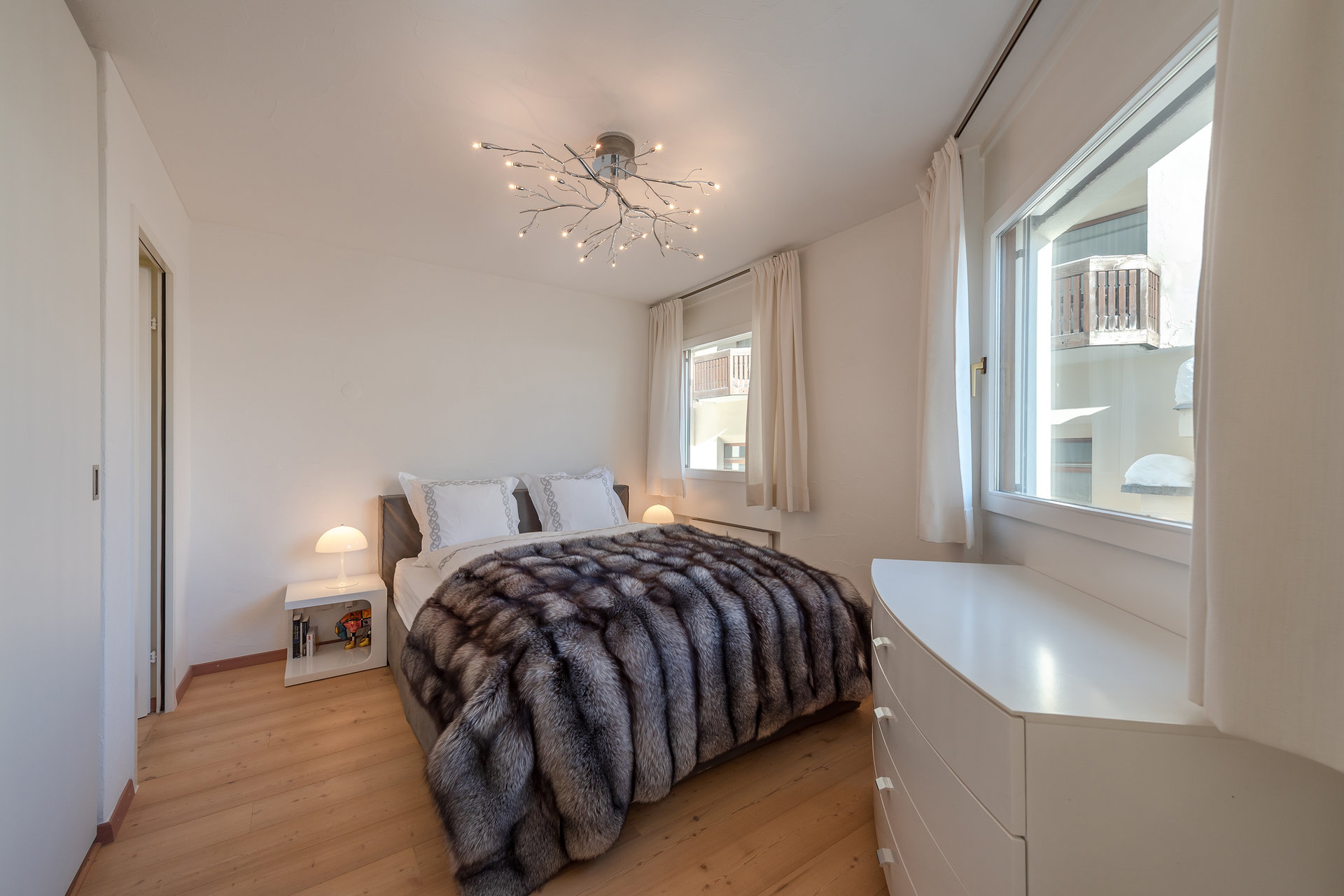 Apartment furnished for sale in St.Moritz-bedroom