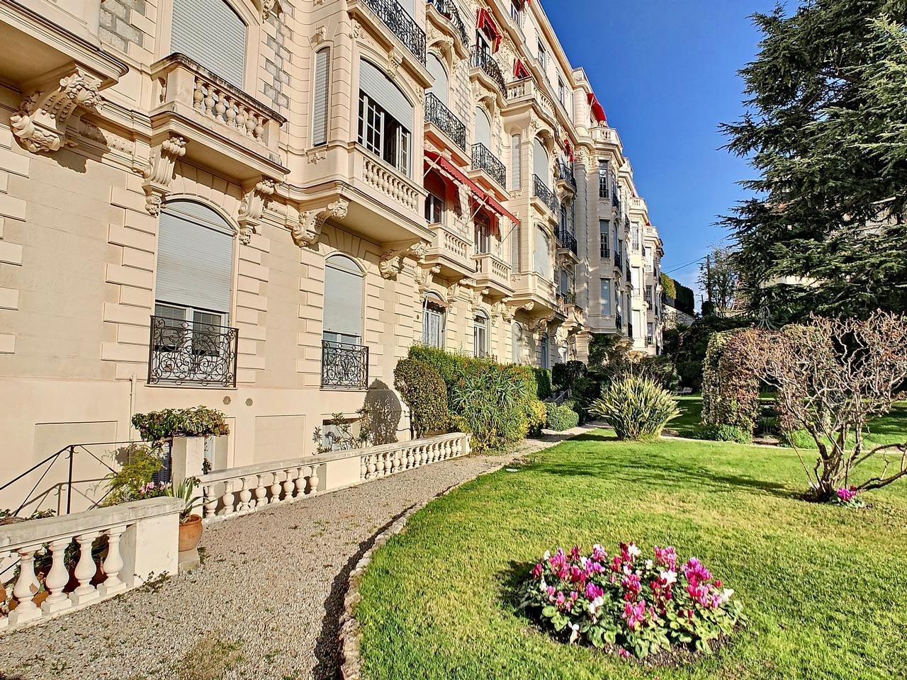 VENTE Appartement 4P 132m² Nice Cimiez Parking Collectif