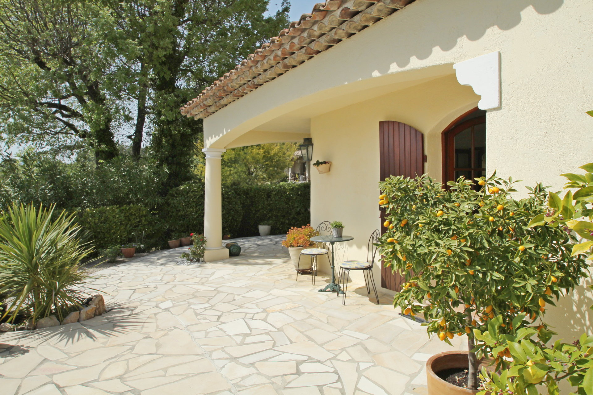 Tourrettes: charming villa with view and pool