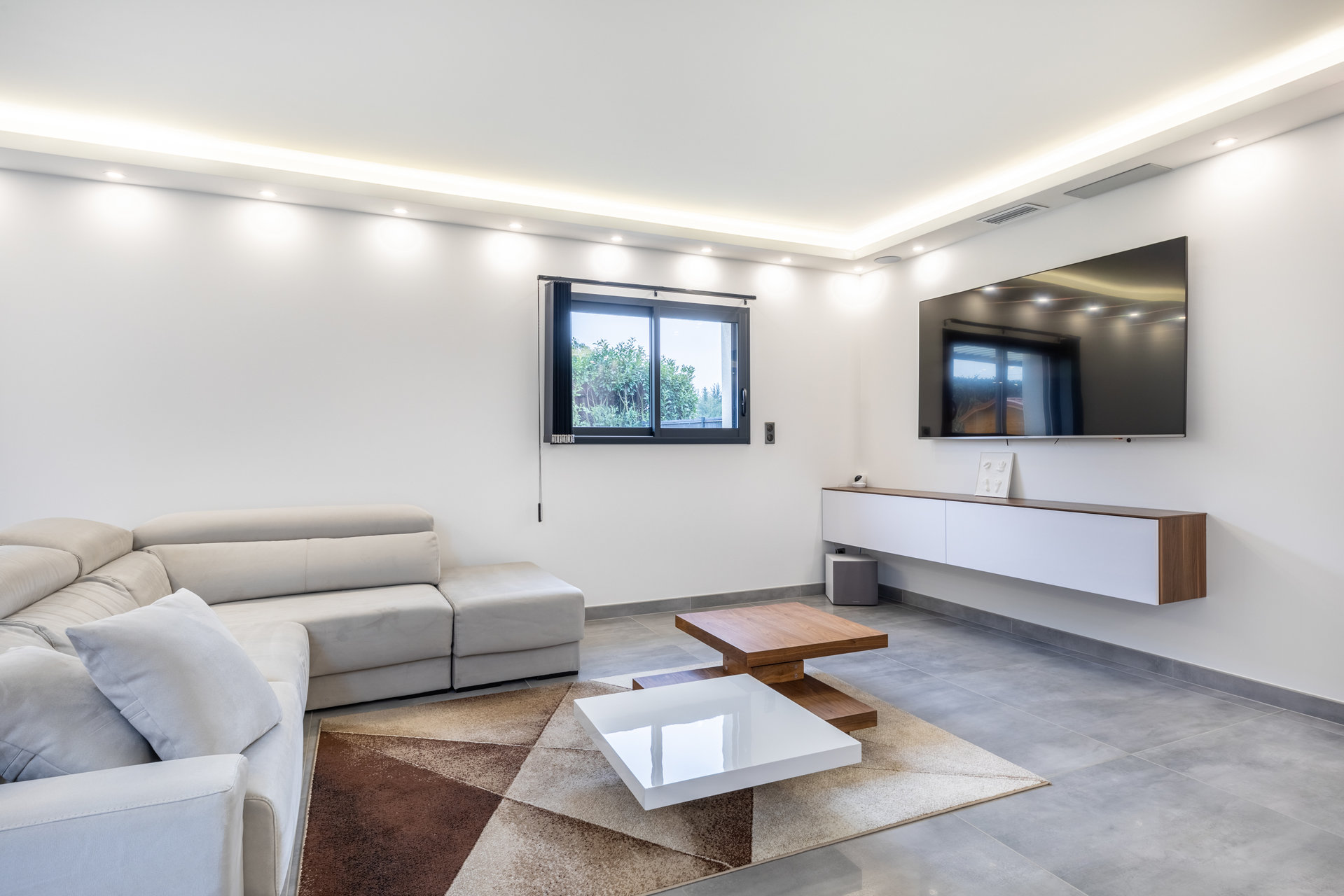 Maison contemporaine de 2018 , Reyrieux