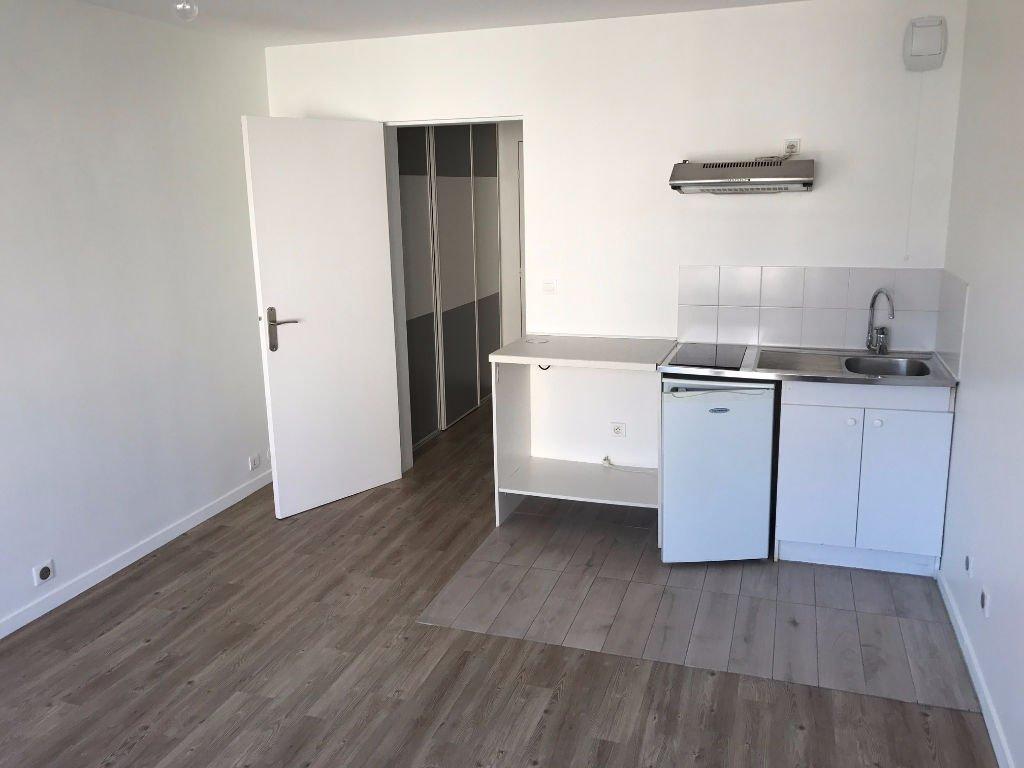 Appartement Pontault Combault 1 pièce(s) 24 m2