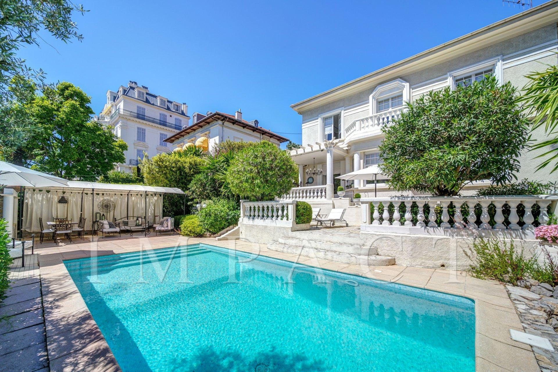 Nice villa to rent close to Cannes center