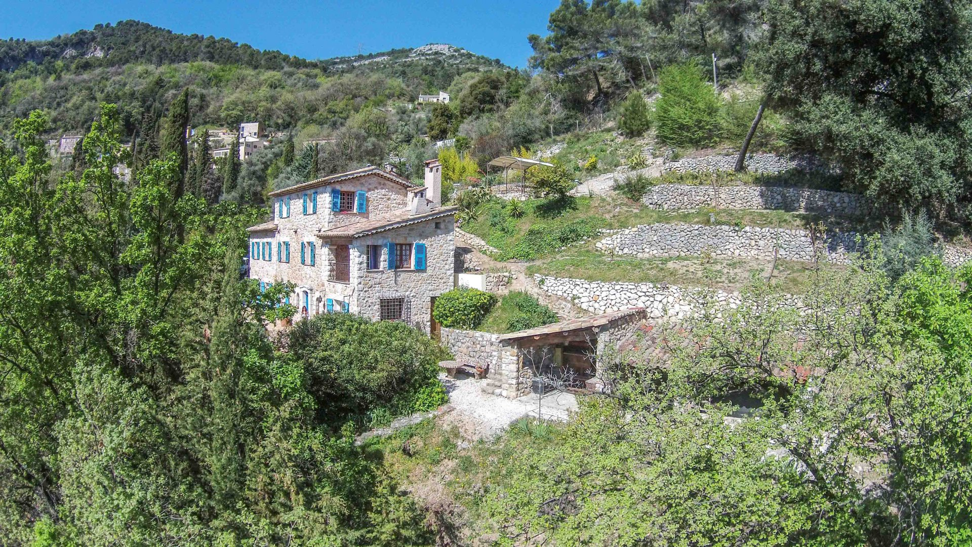 Carros - beautiful stone Farmhouse, great views + pool