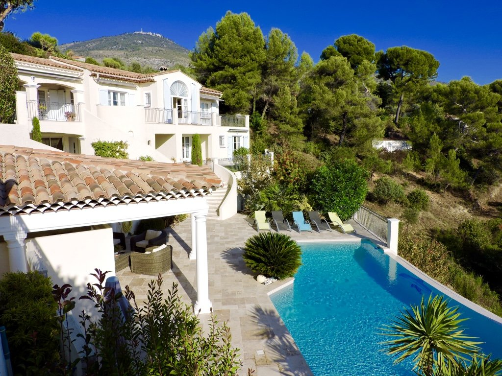 Luxury property close to NICE airport