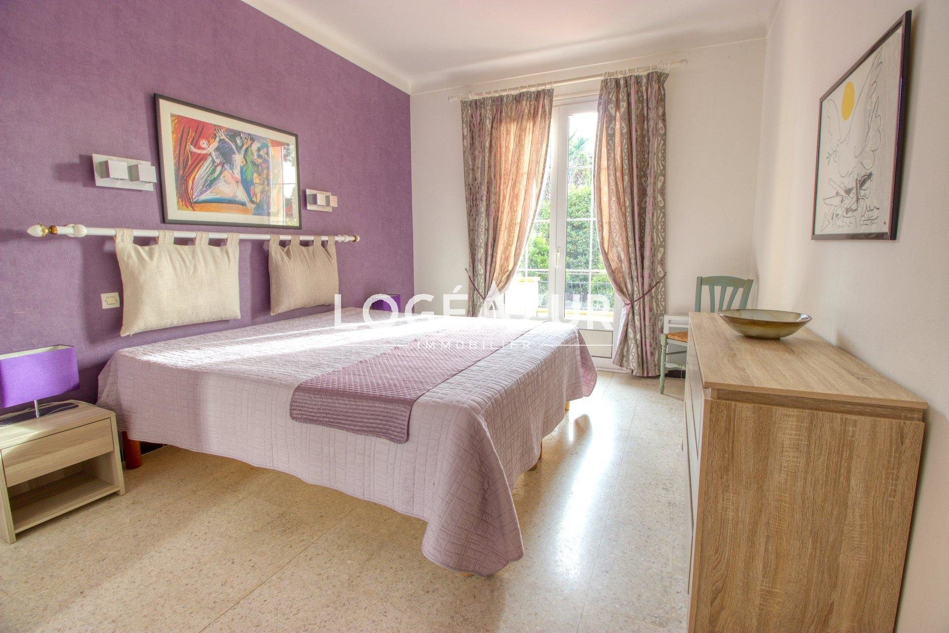 Seasonal rental - VILLA 6 sleeps  Antibes